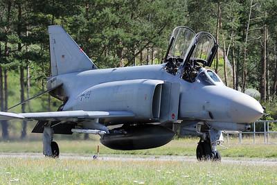 GAF_F-4F_JG71_37-89_cn4572_ETNT_20080730_IMG_3413_WVB_1200px