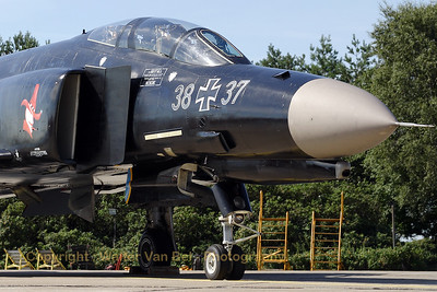 """Close-up of the beauty (F-4F Phantom II: 38+37, cn 4716) from Neuburg (special paint Phantom Phlyout JG74), from now on at Wittmundhafen, posing very proudly for the camera during the spottersday for the celebration of """"50 years Phantom II"""" & """"35 years Phantom in Germany""""."""