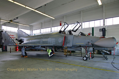 A German Air Force F-4F Phantom II (38+74, cn 4792) in maintenance at Wittmundhafen. The Phantom is seen here in a rare occasion with its wingtips and nose-cone folded.