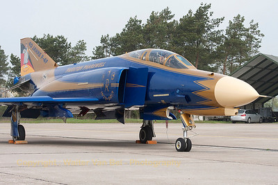 JG71's celebration Phantom, proudly posing for the camera in her blue & gold c/s to celebrate 40 years of F-4F Phantom II operations within the German Air Force.