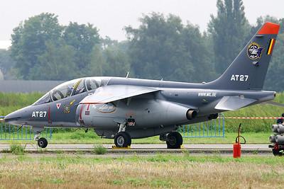 BAF_Alpha-Jet_AT-27_EBBE_20050915_IMG_2622_WVB_1200px