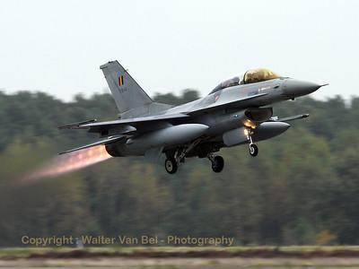 BAF_F-16BM_FB-14_cn6J-14_EBBL_20081015_IMG_5094_WVB_1200px_edit2