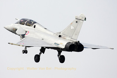 French Air Force Rafale B from EC1/7 (with code 113-HX) at St-Dizier, on final during the arrival day at Cambrai-Epinoy for the fly-out ceremony of EC1/12.