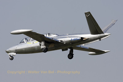 This shiny Fouga Magister was visiting Cambrai Air Base during the arrival day for the fly-out ceremony of EC1/12, and is seen here on final, for landing on RWY28.