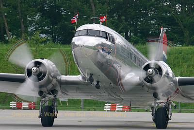 "Dakota Norway Douglas DC-3(C) (""LN-WND"", cn 11750) during a gathering of oldies at Lelystad. Shining, even without sunshine ;-)"