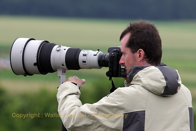 My friend - photographer Achim Stemmer - in action with his very big Nikon-telelens.