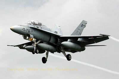 SpAF_EF-18B_Ala15_CE15-6_15-75_ETNG_20070615_CRW_8560_RT8_WVB_1200px