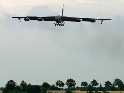 USAF_B-52H_60-0059_96thBS_cn464424_ETNG_20070615_CRW_8671_RT8_WVB_1200-900px