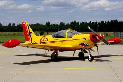 BAF_SF-260M_ST-34_ETNG_20070617_CRW_8822_RT8_WVB_1200px