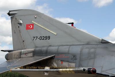 TuAF_F-4E-2020_77-0299_111Filo_cn5014_ETNG_20070617_CRW_8723_RT8_WVB_1200px