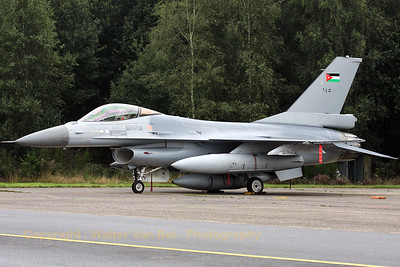 JordanianAF_F-16AM-ex-FA-73_145_cn6H-73_EBBL_20080910_IMG_4662_WVB_1200px