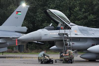 JordanianAF_F-16AM-ex-FA-58_140_cn6H-58_EBBL_20080910_IMG_4577_WVB_1200px