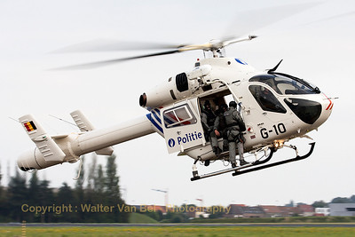 Nice demo by this MD900 Explorer (G10, cn900-00034) from the Federal Police, with members of the special intervention team on-board, during the Open Door at Melsbroek (EBMB).