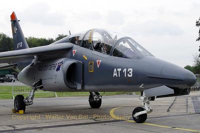 BAF_Alpha-Jet_AT13_cnB13-1039_EBBE_20070927_CRW_10504_WVB_2500px