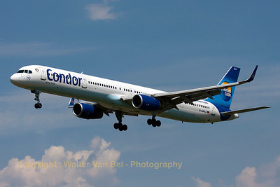 A Boeing 757-330 (D-ABOJ, cn29019/915) from CONDOR (Thomas Cook), on final for landing on RWY25L at Ingolstadt-Manching.