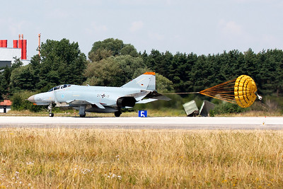 One of the WTD61's F-4F Phantom II (37+15, cn4385) at Manching, slowing down on RWY25L, with the use of a brake-chute.