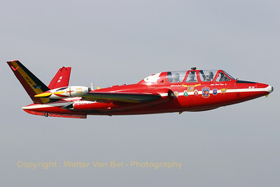 BAF_Fouga_CM170_MT26_EBBE_20061011_CRW_6963_RT8_WVB_1024px_re-edit3