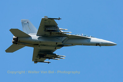 US Navy F/A-18F Super Hornet (168890) from VFA-106, launches from RWY08 at Florennes Air Base.