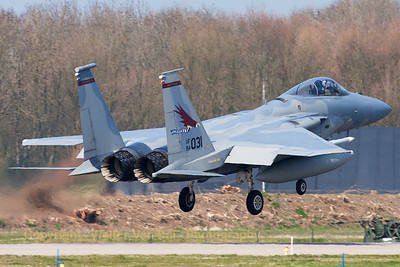 "A USAF F-15C Eagle (84-0031; cn943/C334) from the 123rd Fighter Squadron ""Redhawks"" Oregon ANG, about to land on RWY05 at Leeuwarden AFB."