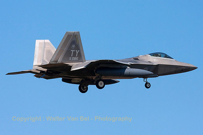 This USAF F-22A Raptor (05-4086; TY; cn645-4086) had to return to Spangdahlem Air Base because of problems with the planned tanker support to cross the Atlantic. It is seen here on final for RWY05 at ETAD.