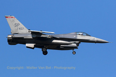 """A USAF F-16CM (91-0407; SP; cnCC-105) from the 480th FS """"Warhawks"""" on final for RWY05 at Spangdahlem Air Base."""