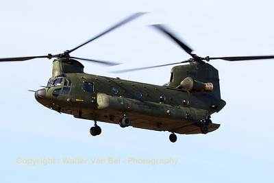 "RNLAF Boeing-Vertol CH-47D Chinook (D-661; cnM3661/NL001), flying over the GLV before practising a couple of ""brown-out""-landings."