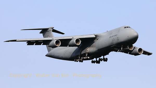 US Air Force C-5M Super Galaxy (86-0017; cn500-103), from 436th AW/512th AW at Dover, on final for RWY23 at Spangdahlem (ETAD).