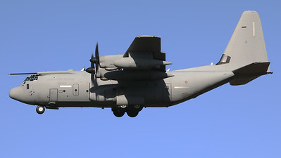 An Italian Air Force KC-130J (MM62178; 46-43; cn382-5503) from 2° Gruppo TM, is seen here on final at Eindhoven Airport during the celebrations for 75-Years Market Garden.
