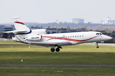 This Belgian Air Force Dassault Falcon 7X (OO-LUM; msn4) is seen here about to land on RWY01 at Brussels Airport.