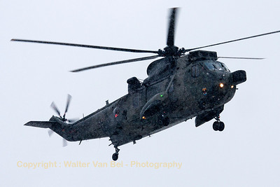 A German Navy SeaKing Mk41 (89+60; cnWA764/91), arriving at Wittmund under extreme snowy conditions.