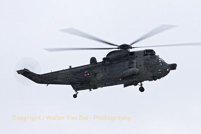 A German Navy SeaKing Mk41 (89+60; cnWA764/91) made a short visit at Wittmund.