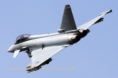 A German Air Force Typhoon (30+75; cn:GS0056) performs a nice banking manoevre on its last pass over RWY28 at Gilze-Rijen.