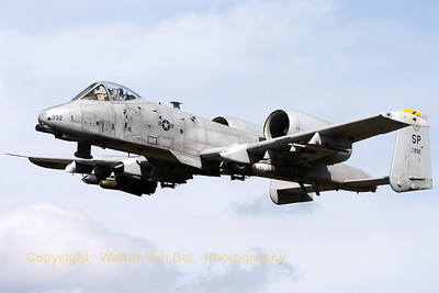 "A Spangdalem based A-10C (81-0992/SP; cn: A10-0687) performing a low pass over RWY28 at Gilze-Rijen, during the ""GRAS""-organized spottersday."