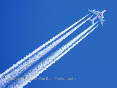 Flight EK3 from Dubai to London:Emirates Airbus A380-861 (A6-EDH; cn025)