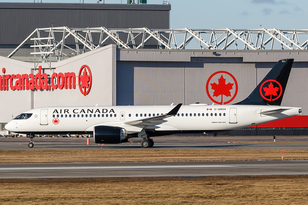 Air Canada A220-300 (C-GROV)_010