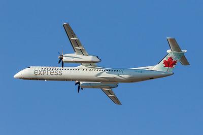 Air Canada Express Dash 8-400 (C-GGNY)