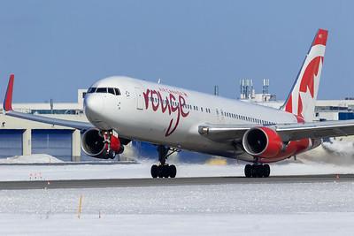 Air Canada Rouge B767-300ER (C-GHPN)