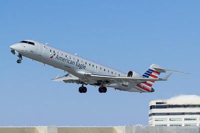 American Eagle CRJ-700 (N764SK)
