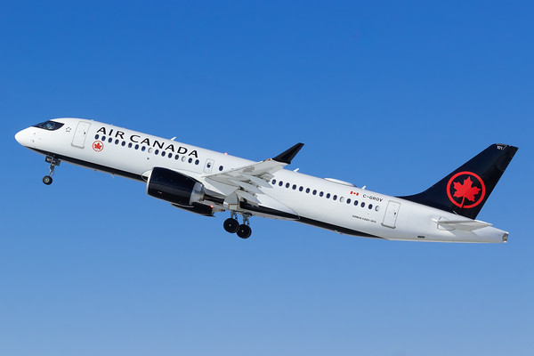 Air Canada A220-300 (C-GROV)-3