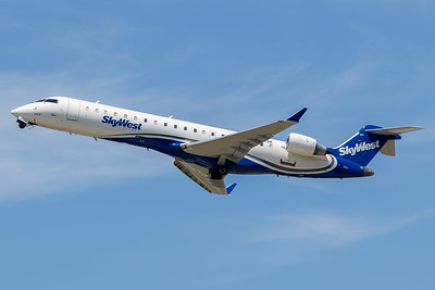 SkyWest CRJ-700 (N603SK)_A0084