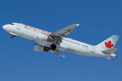 Air Canada A320-200 (C-FZUB)