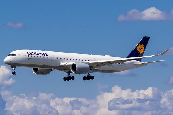 Lufthansa A350-900 (D-AIXE)_Lufthansa A350-900 (D-AIXE)_A0085