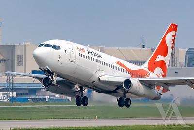 Air Inuit B737-300 (C-GAIG)