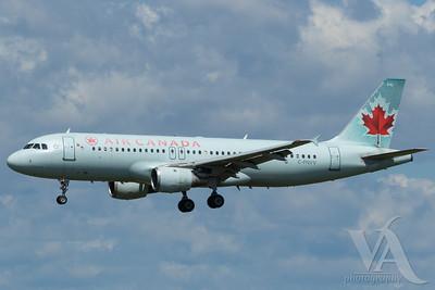 Air Canada A320-200 (C-FNVY)_A0087