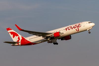 Air Canada Rouge B767-300ER (C-FIYE)