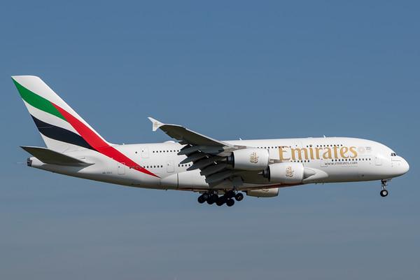 Emirate A380-800 (A6-EUJ)-2
