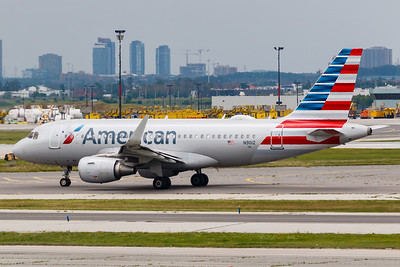 American Airlines A319-100 (N9012)