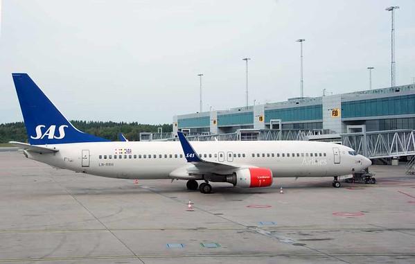 SAS Scandinavian Airlines Boeing 737-800 LN-RRH, Stockholm Arlanda airport, 8 September 2014 - 1436