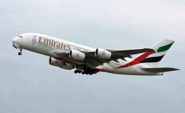 Emirates Airbus A380-800 A6-EOI, Zurich, Tues 16 June 2015 - 1606.