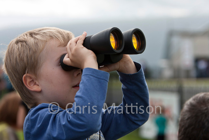A young plane spotter. This could have been me, too many years ago!